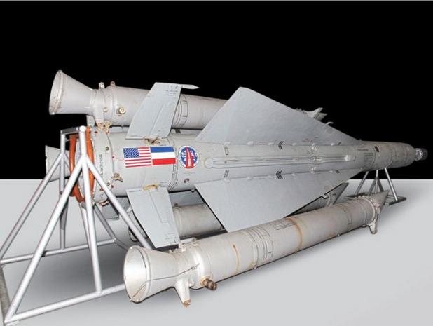 Летящата лаборатория HLF Kholod развива скорост 9600 км/ч