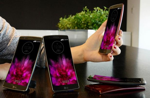 G Flex2 показа на света, че все още има поле за иновации в дизайна на смартфони, заявиха от LG