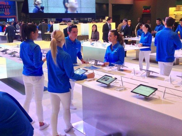 Въпреки значителното си присъствие в Samsung, жените трудно се издигат до ръководни позиции
