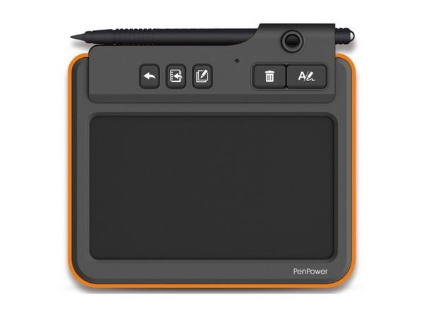 Boogie Board Write2Go предоставя 5-инчов сензорен панел за ръкописно въвеждане на текст и рисунки
