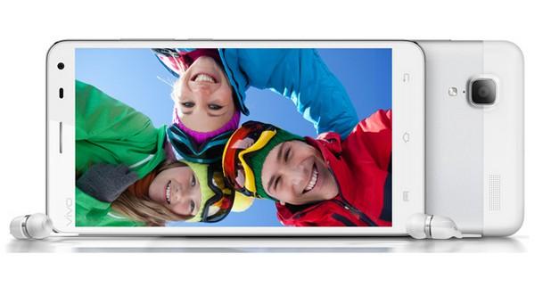 Vivo Xplay разполага с две камери – предна с резолюция 5 мегапиксела и задна 13 мегапиксела