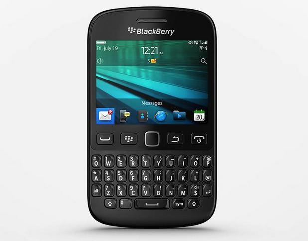 BlackBerry 9720 предоставя 2,8-инчов екран с резолюция HVGA 480?360 пиксела (плътност 214 ppi)