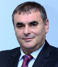 Данаил Папазов категорично опроверга слуховете, че се готви приватизация на Български пощи