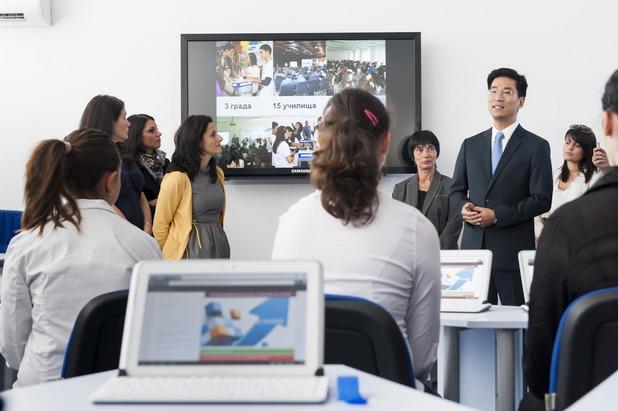 Образователните проекти на Samsung подготвят учениците за успешна кариера в един все по-дигатален свят, заяви Крис Чънг, изпълнителен директор на компанията в България