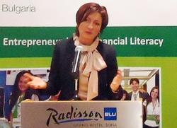 Entrepregirl е част от усилията да се развива предприемаческата култура в България, заяви Саша Безуханова