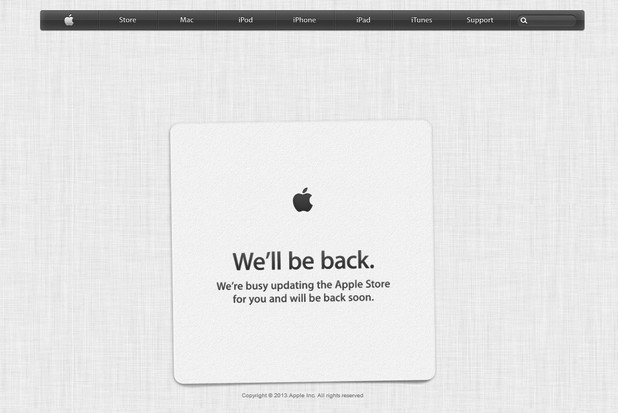 Apple Store е в процес на обновяване, вероятно заради новите продукти, обявени тази есен от компанията