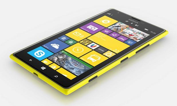 Lumia 1520 се отличава с голям 6-инчов екран и качествена 20-мегапикселова камера