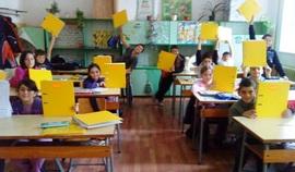 България е първата неанглоговоряща страна, в която тя се въвежда системата за обучение по математика Jump Math