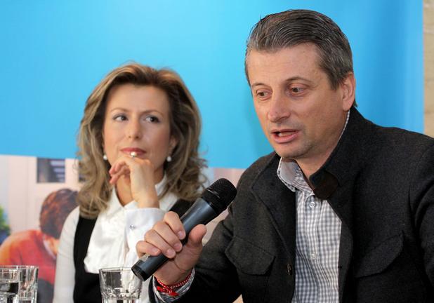 Петър Иванов, изпълнителен директор на Майкрософт България, и Севдалина Василева, председател на УС на FEBA Alumni, говориха за възможностите, които се разкриват пред българските младежи за кариера в областта на ИТ