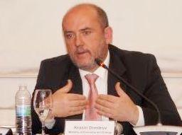 Държавата може да съдейства в сформирането на продуктовата гама и услугите в ИКТ сектора, посочи Красин Димитров