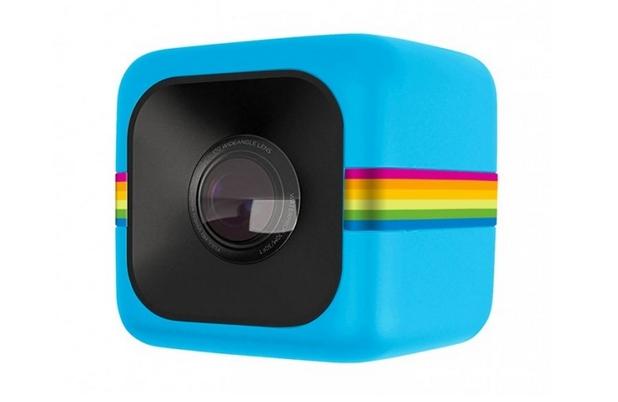 Polaroid Cube с цена 100 долара представлява 2-инчов куб и може да записва видео във формат 1080p HD