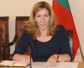 Липсата на ясни критерии е причината за неефективно усвояване на средствата за е-управление през годините, заяви министър Николина Ангелкова