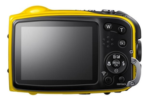 FinePix XP80 е оборудван с 2,7-инчов дисплей и система за стабилизация