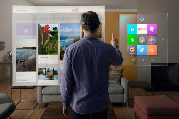 С помощта на HoloLens ще можем да превърнем обикновената стена в голям екран за игри или филми