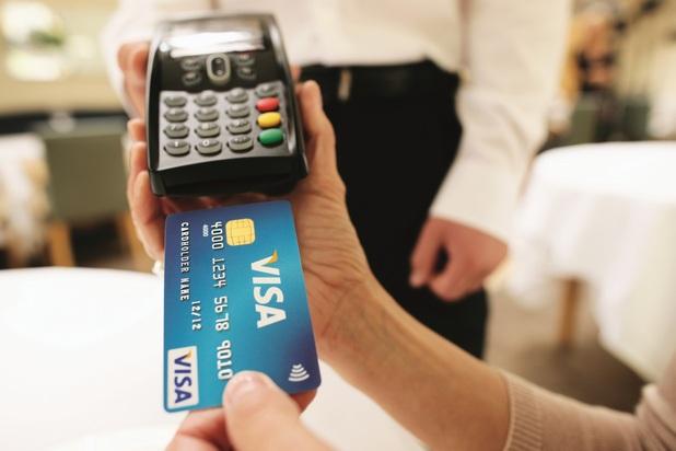 Увеличаването на електронните разплащания дори само с 5% води до спад от три процентни пункта в показателя за сивата икономика, сочи проучване на AT Kearney