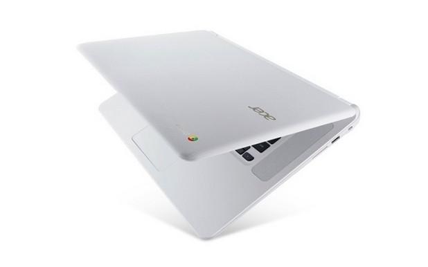 Хромбукът на Acer издържа на падане от височина 45 см и на удар със сила до 60 кг