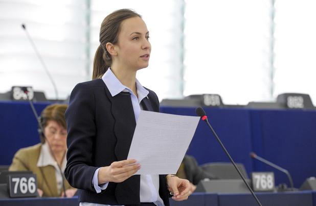Възползвайки се от възможностите на интернет, Европа може да се превърне в глобален лидер в технологиите, заяви Ева Паунова по време на дискусия в Страсбург