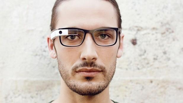 Google не възнамерява да се отазва от проекта за смарт очила Glass