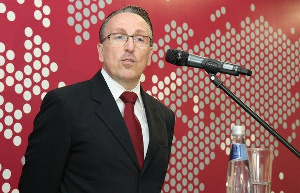 В Сайтел работят образовани, етични, ориентирани към услугите и владеещи няколко езика специалисти от различни националности, заяви Кристиан Щайнебах