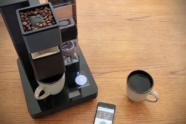 Уязвимост в кафемашините дава шанс на хакерите да проникнат в домашната Wi-Fi мрежа