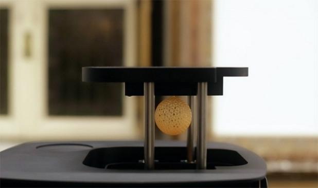 Иновативният 3D принтер NX1 печата предмети със скорост 1 см в минута