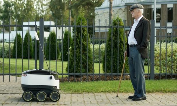 Роботите на Starship ще се придвижват по пешеходни зони със скорост 6,5 км/ч