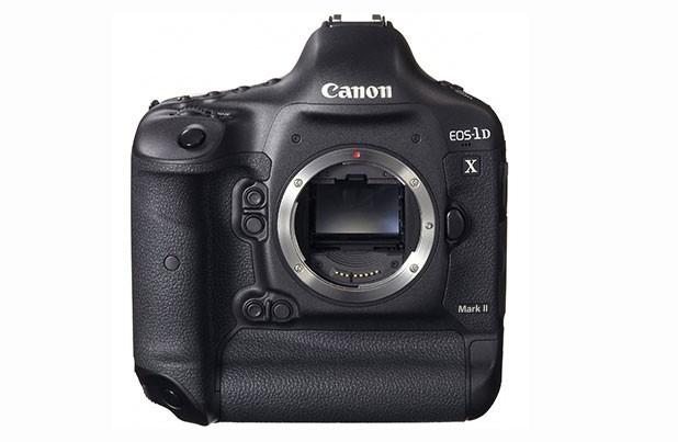 Canon EOS-1D X Mark II идва в корпус със защита от прах и влага