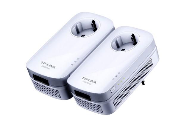 Комплектът AV2000 TL-PA9020P KIT осигурява покритие във всеки ъгъл на дома