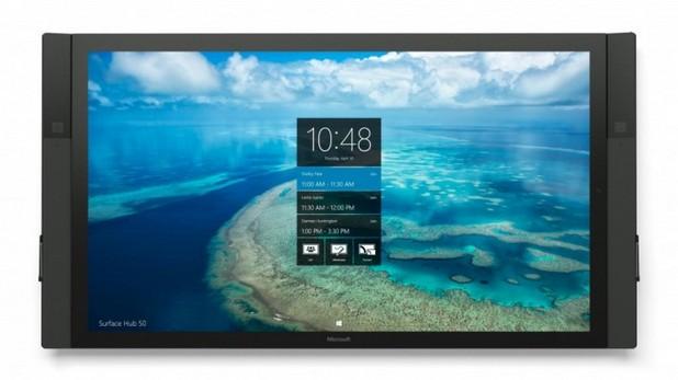 Моноблокът Surface Hub се предлага във варианти с 84- и 55-инчов екран