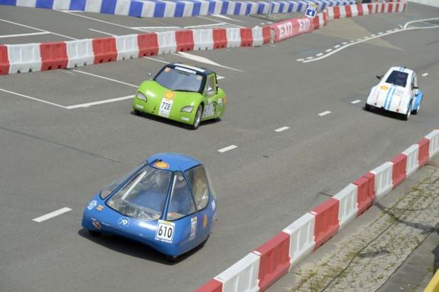 Автомобилът на ТУ-София спечели второ място на Shell еко маратон през миналата година в Ротердам