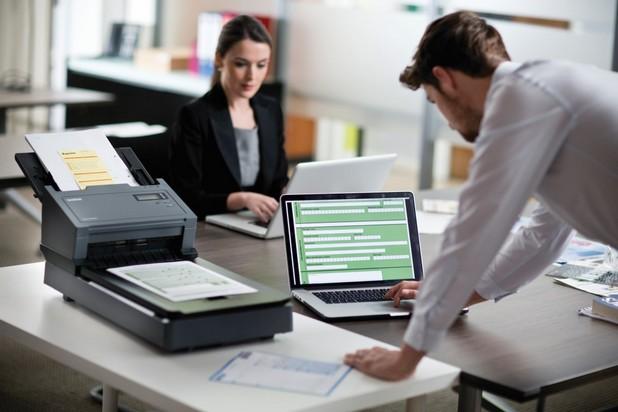 Професионалните модели Brother PDS-5000F и PDS-6000F сканират много широк набор от носители – от крехки хартиени оригинали, до каталози и снимки