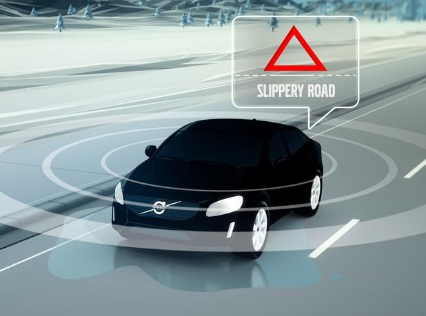Една от целите на 5G е да обедини в умна мрежа превозните средства и пътната инфраструктура