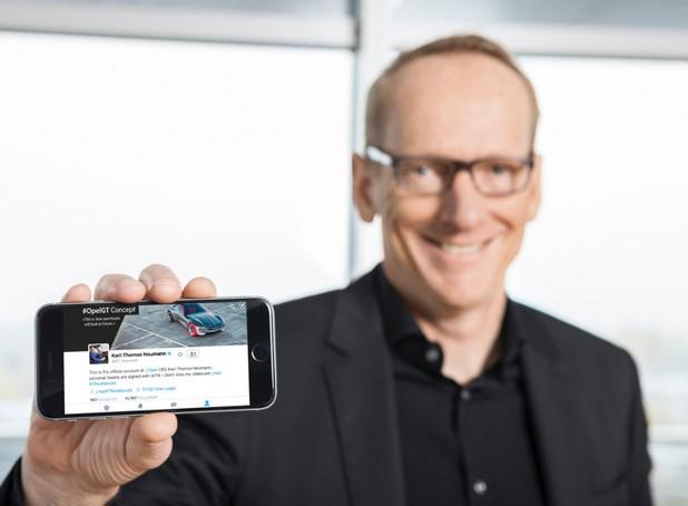 Кратките съобщения на цифровия изпълнителен директор на @KT_Neumann достигат до повече от три милиона човека всяка година