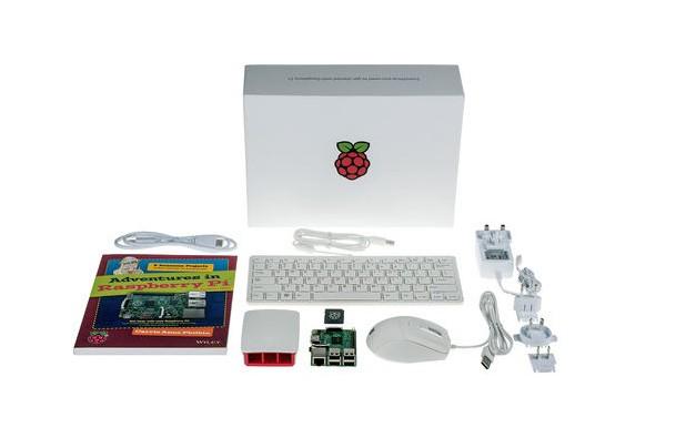 По повод 10-милионната продажба на Pi излиза комплектът Raspberry Pi Starter Kit