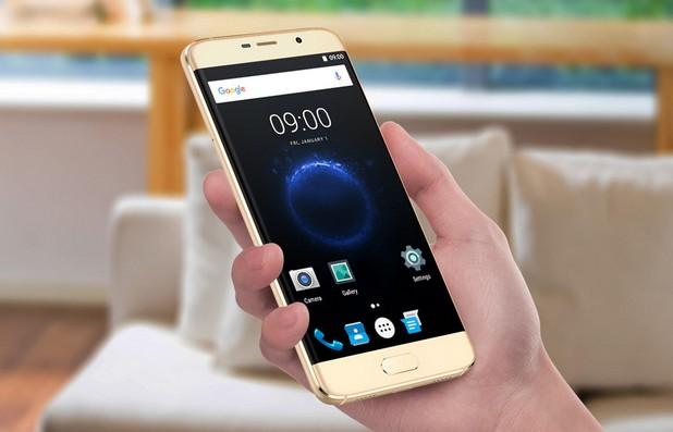 Elephone S7 предоставя 5,5-инчов екран с резолюция Full HD 1920x1080 пиксела