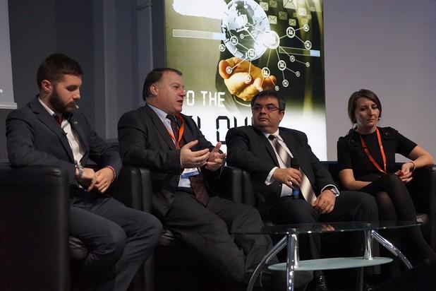 Бъдещето на бизнеса е в облачните технологии и услуги, категорични са специалистите от ИТ бранша