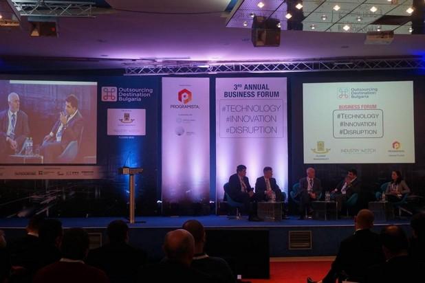 През 2015 г. аутсорсинг секторът е генерирал близо 1,4 млрд. евро, заявиха представители на бранша на конференция в Пловдив
