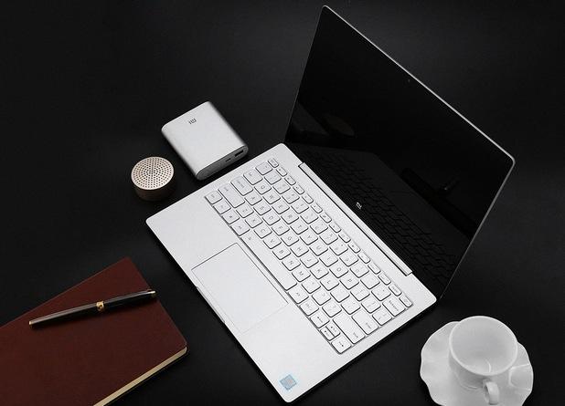 Xiaomi Air 12 e компактен, тънък и лек ноутбук с 12,5-инчов екран