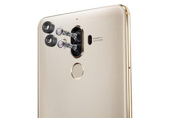 Mate 9 идва с второ поколение двойна камера, разработена съвместно с Leica