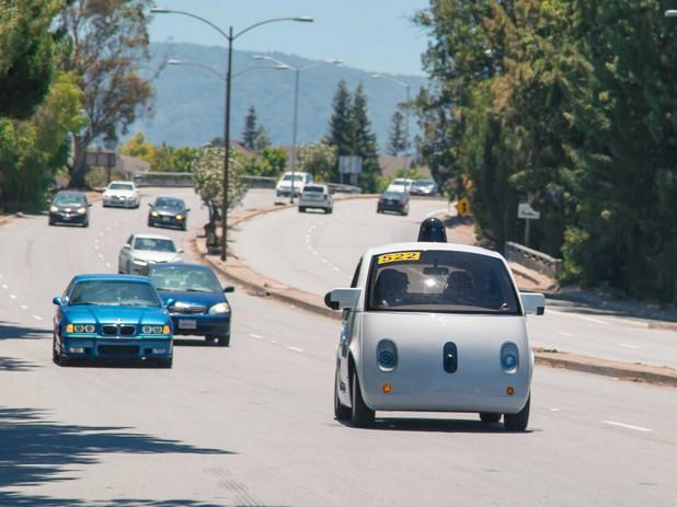 Автономните коли вече са факт и тръгнаха по пътищата на най-иновативните градове