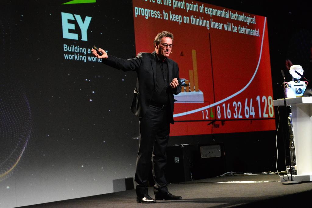 Не конкуренцията, а колаборацията ще носи успех в бъдеще, смята Герд Ленард