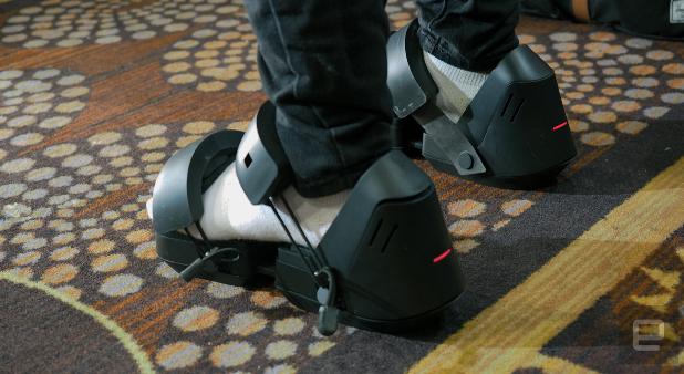 VR обувките Taclim вибрират различно, в зависимост от повърхността, по която се разхожда потребителят (снимка: engadget.com)
